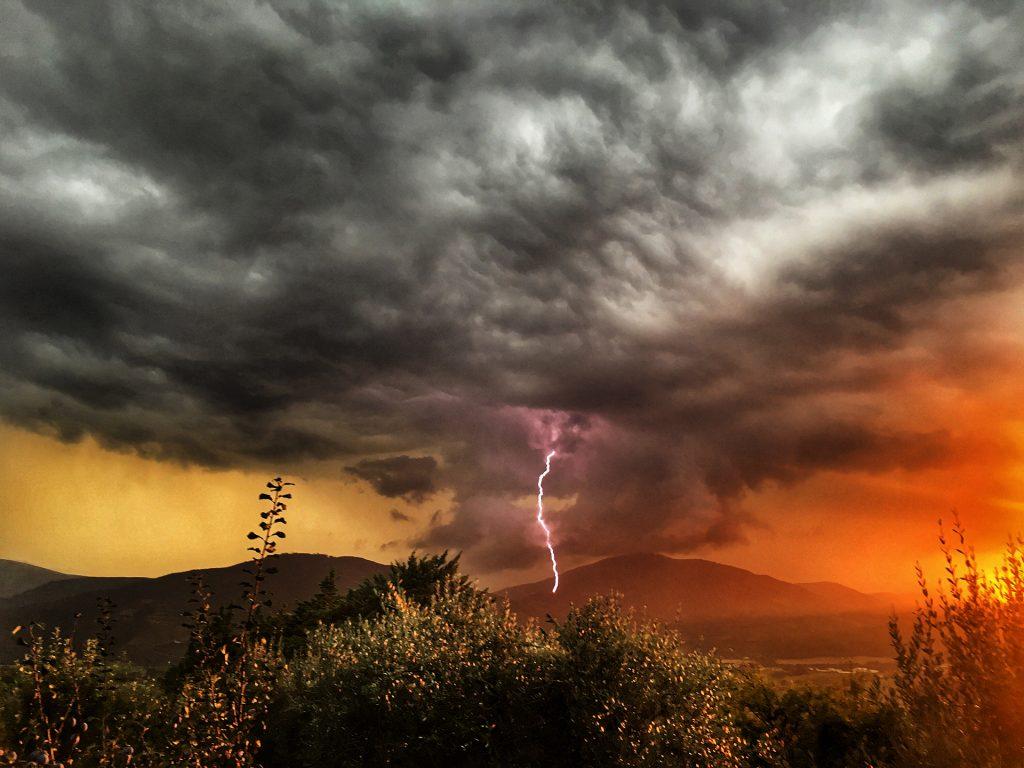 Tempesta con fulmini