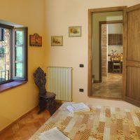 Leccino camera da letto + vista dis.+ cucina soggiorno