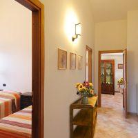 Moraiolo camera letti singoli- soggiorno